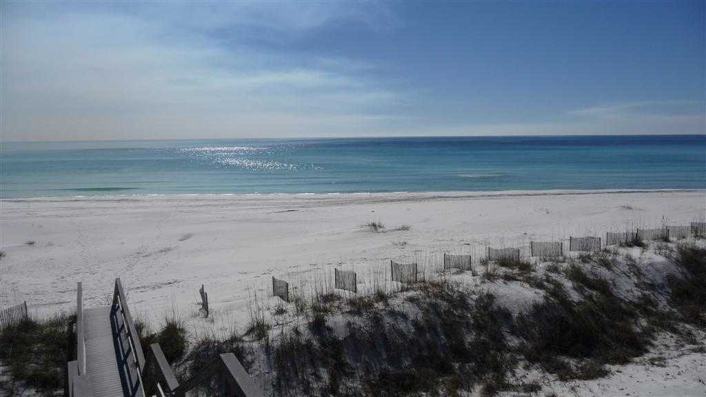 Beautiful beaches in the Florida Panhandle, Destin